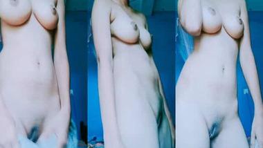 Booby Tamil girl nude selfie MMS video