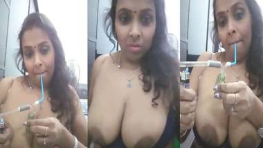 Booby Bhabhi smoking hookah and exposing her topless body