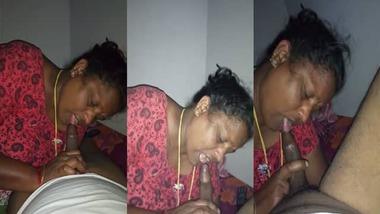 Mature Mallu aunty pov blowjob MMS video