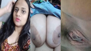 Indian busty girl fingering pussy selfie video