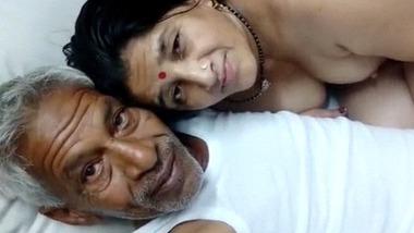 Desi Papa with homenurse blowjob XXX