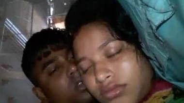Desi sexy couple fucking at mid night
