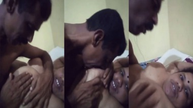 Busty Tamil wife sex MMS video scandal