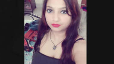 Sexy Indian Girl Leaked Mms Part 1