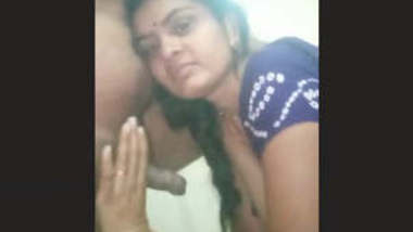 Sexy Indian Wife Blowjob Must Watch Friends