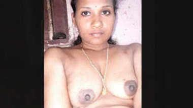 Sexy Indian Bhabhi Record Nude Video For Lover Part 1