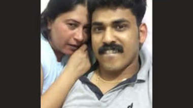 Nri Dubai Living Married Man Fucking His Wife & Dubai Aunty Part 5