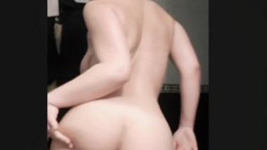 BEAUTIFUL ASS WHITE STONED BABE NUDE SHOW