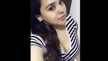 Desi Cute Punjabi Bhabhi Video Share Part 1