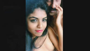 Hot Look Indian Girl ROmance With Boos