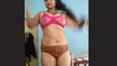 Sexy Tamil Girl 5 Clips Part 3