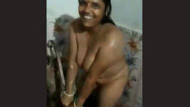 Desi Mallu Wife With Hubby