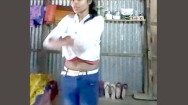 Desi cute girl nude video collection