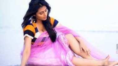 Desi cute girl sopna big boobs photo shoot for money