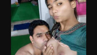 Desi cute girl fuckig with boss for promotion