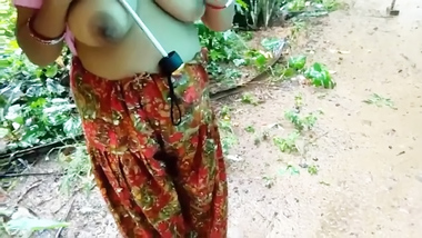 [ Indian Hard Porn ] Desi village aunty outdoor fucking with young devar