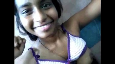 Sexy Tamil Girl In Malaysia Giving Nice Blowjob