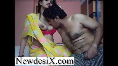 Sexy Gujarati Wife's Affair With Cousin