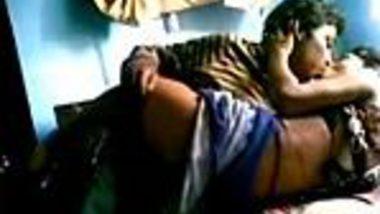 Teen virgin Delhi desi girl sucks and fuck Indian boyfriend