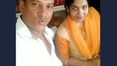 Desi lover very hot kiss