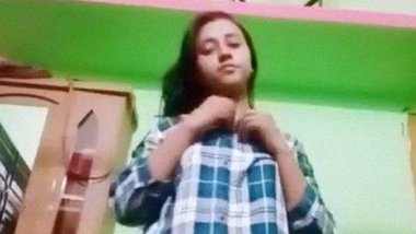 Leaked naked stripping video of a Bangladeshi girl