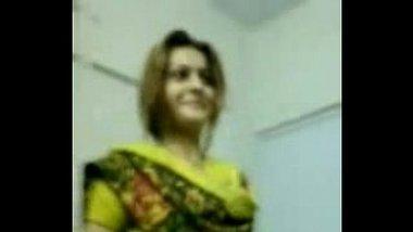 Sexy Pakistani hifi call girl showing naked body