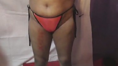 Desi bhabi show her big boob and pussy