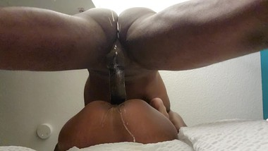She can't stop Squirting!!
