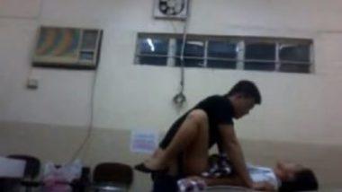 Desi college students having sex in hospital