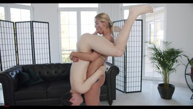 Lifted and Blowjobbed - Cherry Kiss is just WILD