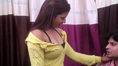 Hot Secretary enjoyed by boss, SkypeID harsh.2501 sex chat fun(only girls plz)