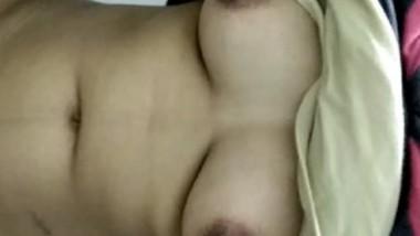 Desi cute bhabi show her big boobs-2