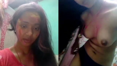 Nice porn clip in which Indian gal undresses to show her perfect body