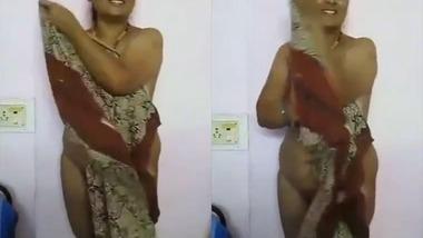Desi cute mature Bhabhi Devar fun