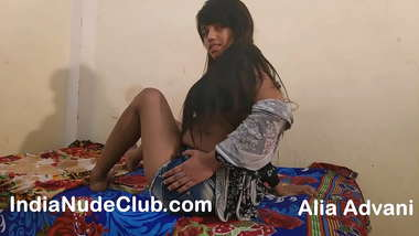 Indian Girl Alia Porn Trying To Be Famous Desi Pornstar