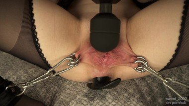 Handcuffed labia extremely tight with a big plug in the anus cums straight into the camera in 4K