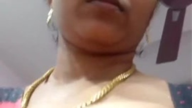 Indian Married aunty exposing herself to her...