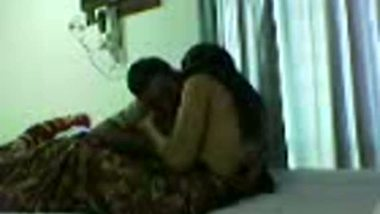 Tamil aunty mature porn sex with uncle at home mms scandal