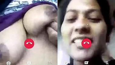 Desi babe with round XXX titties exposes them via video link to friend
